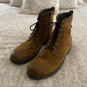 Clarks Boots Men's Size 13 EUC